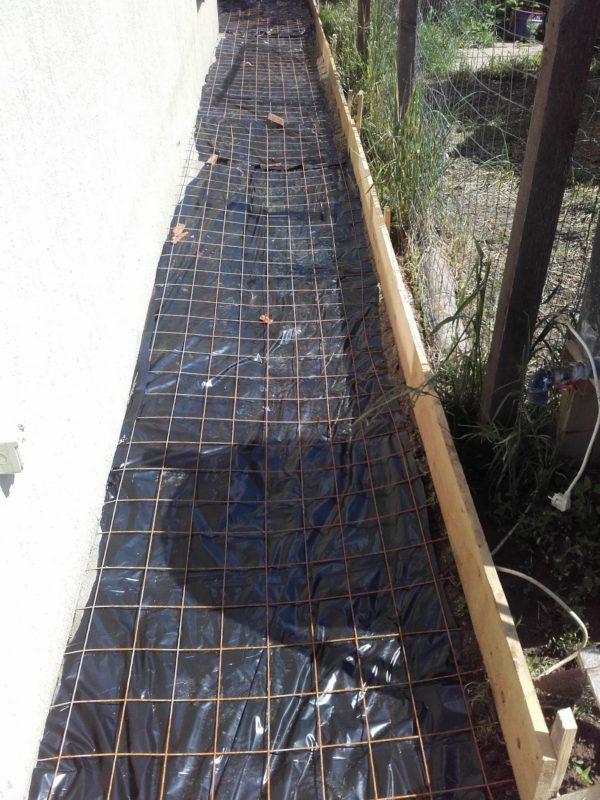 Folie plasă cofrag alee beton_2